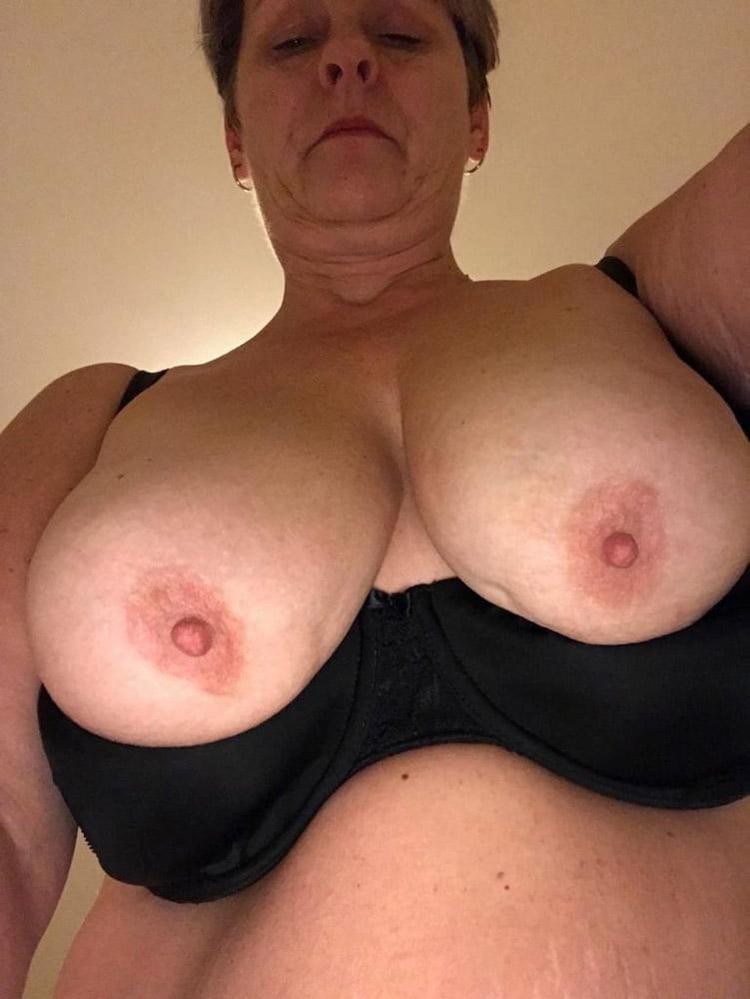 Olga vieille chaudasse méga loches 5