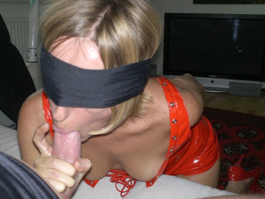 Onanisme MILF petits seins et baise couple 3
