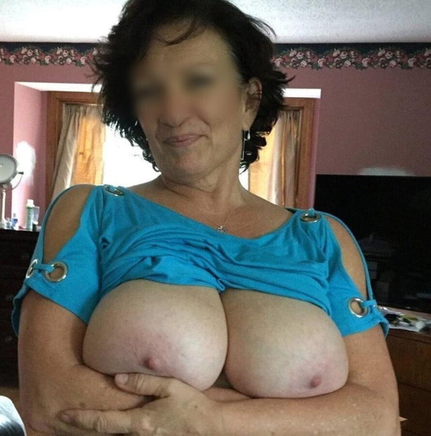 Sexe gratuit avec Marie-Françoise, mature à gros nichons