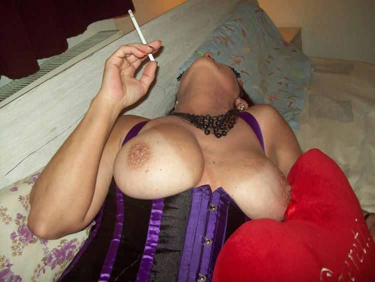 Valérie, mature gros seins lyonnaise cherche du plaisir à tout prix