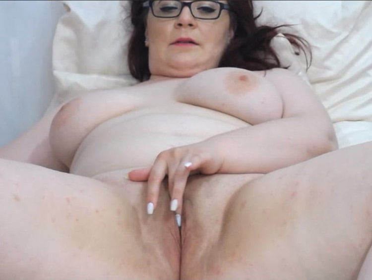 Valentina camgirl mature BBW 2