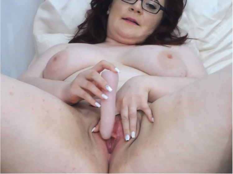 Valentina camgirl mature BBW 5
